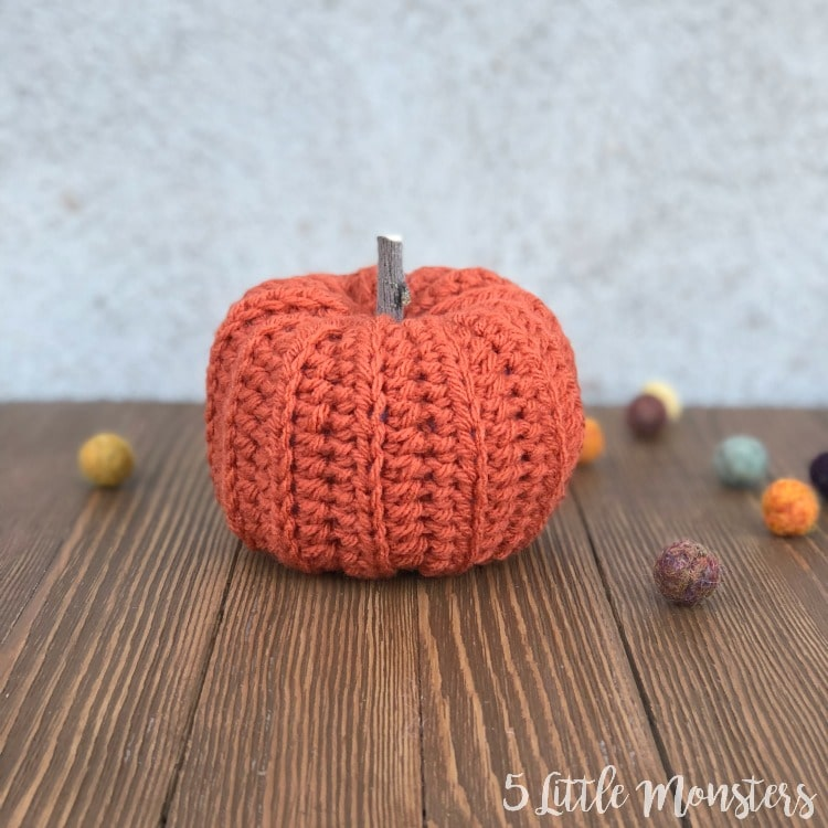easy ribbed pumpkin crochet pattern