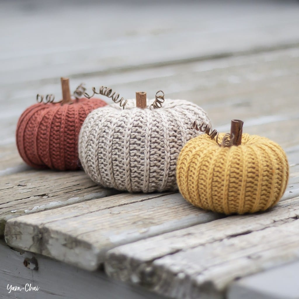 little rustic pumpkin crochet pattern