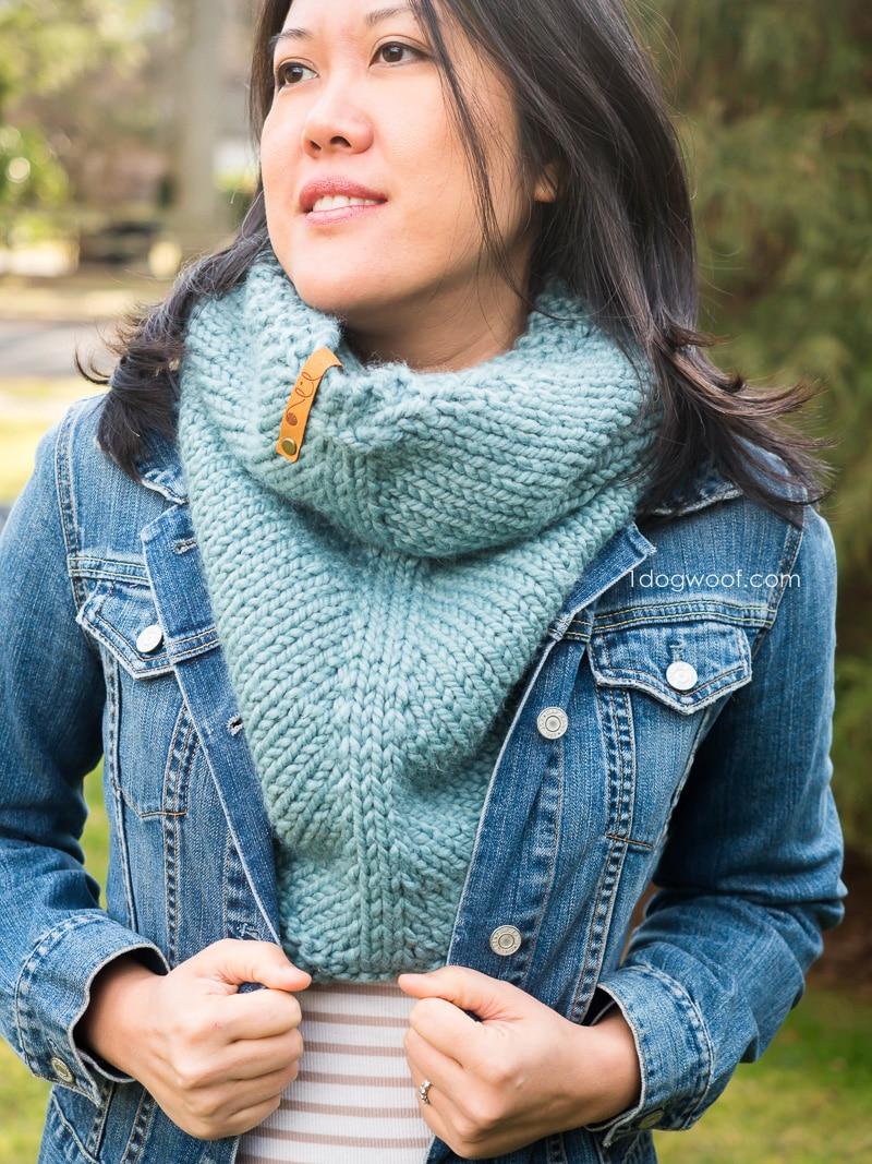 free cowl knitting pattern chunky knit cowl worn under jean jacket