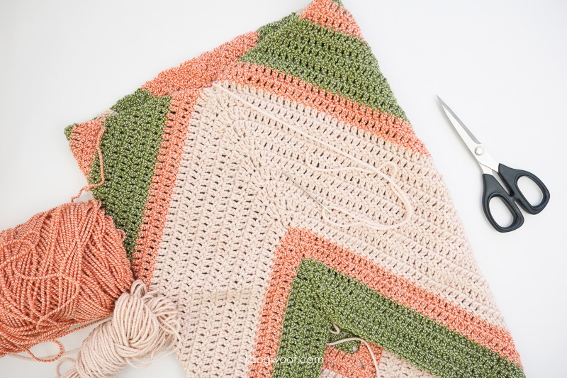 crochet cowl seam