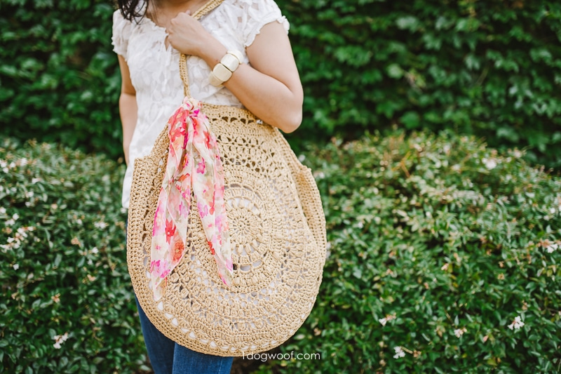 Sunburst circle beach bag from raffia yarn