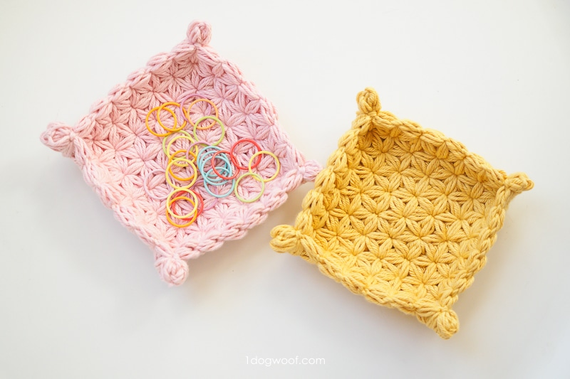 jasmine star stitch crochet valet trays in pink and yellow