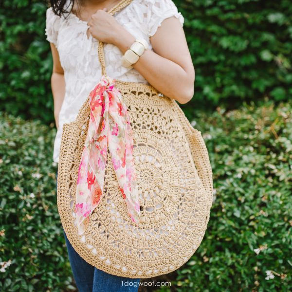 crochet raffia circle bag